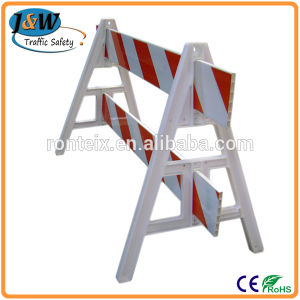 Top Quality a Frame Plastic Traffic Barrier for Road Construction pictures & photos