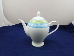 Hotsale Porcelain Teapot with Creative Design pictures & photos