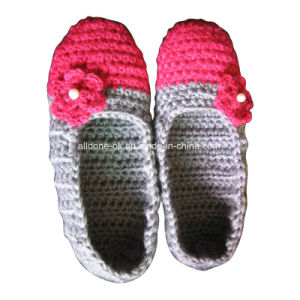 OEM Hand Made Knit Crochet Wool Slippers Socks Ballet Shoes pictures & photos