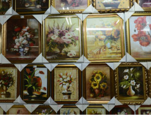 Yiwu Frame Purchasing and Export pictures & photos