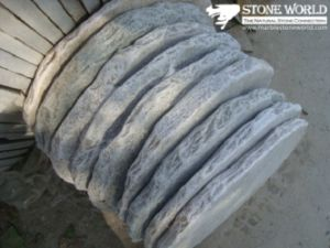 Round Grey Flagstone for Outside Garden Decoration (CS014) pictures & photos