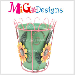 New Popular OEM Metal Planter with Hollow Basket Garden Decor pictures & photos
