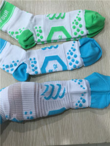 Men Football Sports Nylon Socks pictures & photos