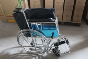 High Quality Disable Use Durable/Steel/Pushing/Manual Wheelchair (SK-SW201) pictures & photos