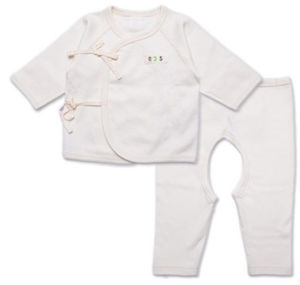 Popular in Occident 100%Organic Cotton Spring and Autumn Three Layers of Cotton Baby Thermal Underwear pictures & photos