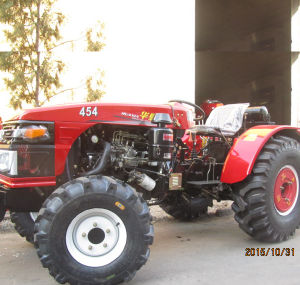CE/EEC/Coc Huaxia 45HP 4WD Tractor Used in Garden/Orchard Field pictures & photos