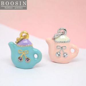 Hot Sale Custom Zinc Alloy Enamel Teapot Pendant in Gold pictures & photos