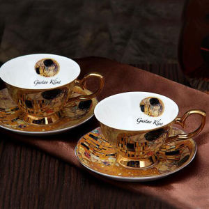Beautiful Ceramic Coffee Cup and Saucer Porcelain Espresso Cup Bone China Cup pictures & photos