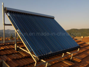 Heatpipe Split Pressurized Solar Water Heater pictures & photos