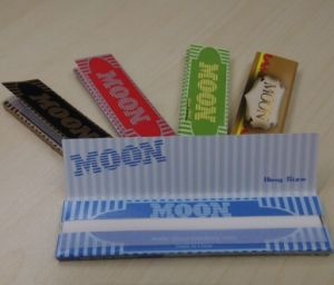 Custom printed tobacco rolling papers