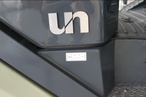 Un Brand 3.5t 3500kg Diesel Forklift with Triplex 6.0m Mast pictures & photos