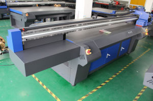 Sinocolor Fb-2513r with Ricoh Gen5 UV Flatbed Printer pictures & photos