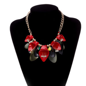 Handmade Flower Pendant Necklace Gold Plated Fashion Jewelry pictures & photos