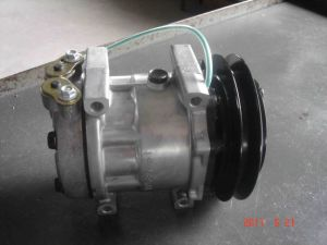 AC Air Compressor for New Holland Lb-90 (7H13) pictures & photos