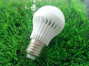 LED Bulb Light SMD 5W LED Global Lamp pictures & photos