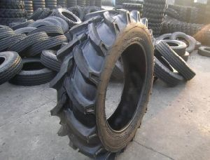 Farm Tire Agricultural Tire 13.6-20, 13.6-24, 13.6-38 pictures & photos