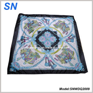 Cheap Price 2015 Satin Paisley Square Scarf pictures & photos