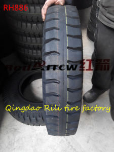 700-20 Nylon Light Truck Tire for Cargo Vehicle with Inner Tube pictures & photos