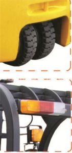 3 Wheel 1.3-2.0t Big Rubber Tire Battery Forklifts pictures & photos
