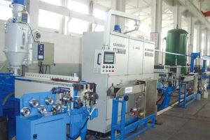 Solar Energy Wire and Cable Extruder Line (70+90MM) pictures & photos