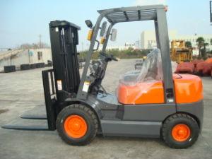 Diesel Powered Forklift Truck (2.0-3.5T)