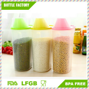 2.5L Clear Kitchen Food Storage Tank with Cup Large Capacity Plastic Cereals Crisper pictures & photos