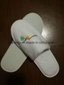 5 Star Hotel Printing Logo Polyester Fleece Hotel Slipper pictures & photos