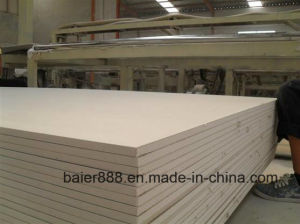 Gypsum Ceiling Board/Moisture Proof Gypsum Board/Plasterboard/Gypsum Board 1220X2440X12mm pictures & photos