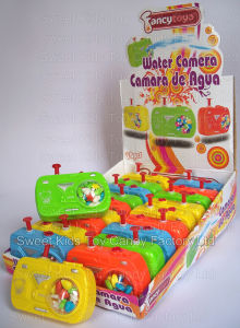 Camera Water Gun Toy Candy (91016) pictures & photos