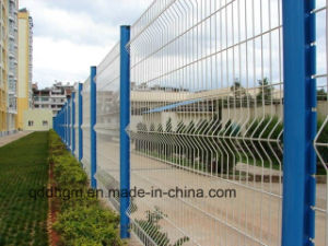 Dehong-Welded Wire Mesh Fence/ PVC Coated Fence/Garden Fence pictures & photos