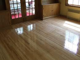 High Gloss Laminate Wood Floor Super Glossy Laminate Flooring pictures & photos