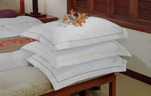 Wholesale Cotton Hotel Home Use Pillows