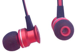 Hot Sell New Design Metal Earphones for Mobile pictures & photos