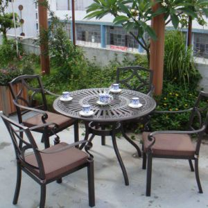 2015 good quality cast aluminum furniture from china