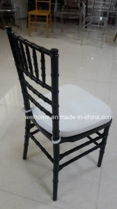 Black Color Resin Chiavari Chair (polycarbonate) with Cushion for Wedding/Event/Party pictures & photos