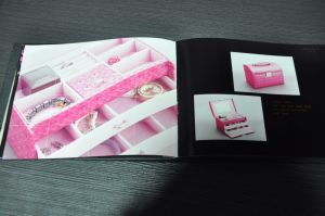 Offset Magazine Printing/Catalogue/Brochure Printing/Book Printing/ Book pictures & photos