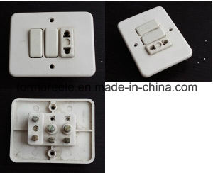 America Standard 220V 15A Iovry Suriname Bakelite 2 Gang 2 Way Switched Socket pictures & photos