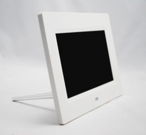 7inch White Digital Photo Frame Wall Mountable pictures & photos