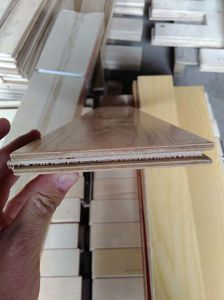 E1 Multi-Layer Birch Engineered Flooring pictures & photos