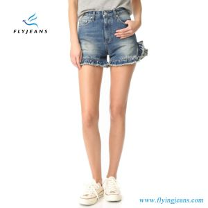 Fashion Frayed Ruffles Blue Woman Distressed Denim Shorts by Jeans Factory/Manufacturer Guangdong pictures & photos