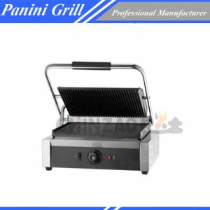 Single Sandwich Grill with Grooved and Flat Plate pictures & photos