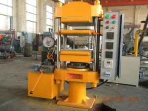 Tire Recycling Machine Rubber Tile Making Machine pictures & photos