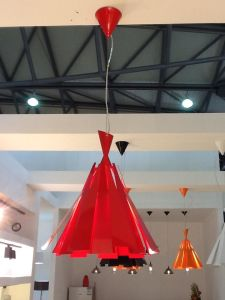 Modern Red Carbon Steel Pendant Lamp (2200S) pictures & photos
