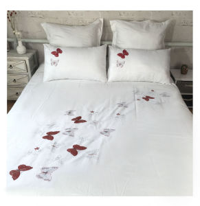Butterfly Flying Embroidery Bedding Sets pictures & photos