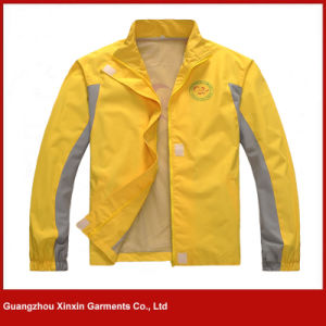 Men′s Cheap Waterproof Windproof Hooded Jackets From China (J196) pictures & photos