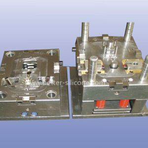Precision Plastic Injection Mold Tooling pictures & photos