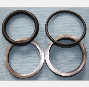 Oil Seal Used on Crawl and Transmission Machinery (HF 1600) pictures & photos