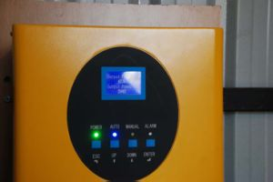 Solar Pumping Inverter 220/380VAC Outdoor Solar Pump System Inverter pictures & photos