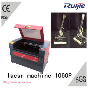 CO2 Laser Engreving and Cutting Machine Rj1060 pictures & photos