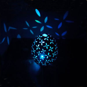 New Product Ceramic Hollow out LED Light Easter Egg Decoration pictures & photos